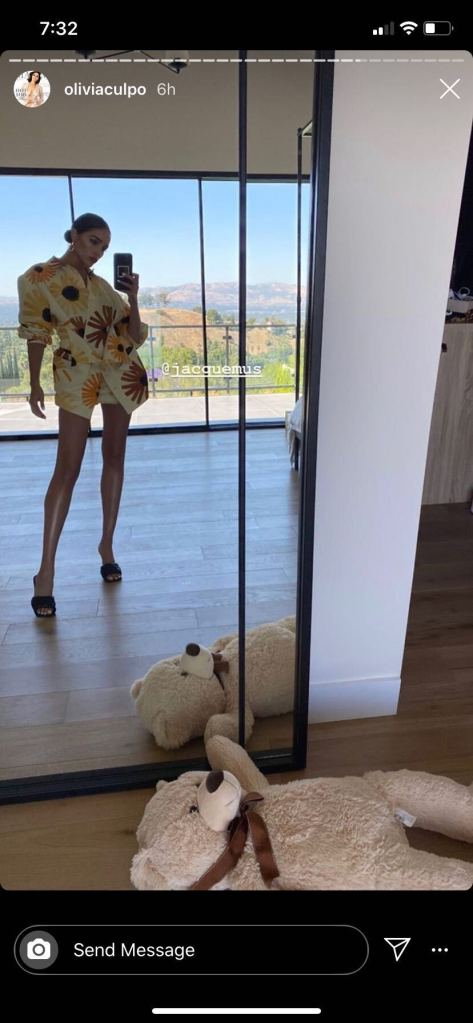 Olivia Culpo , minidress, jacquemus fall 19, legs, celebrity style, mirror selfie, bottega veneta sandals