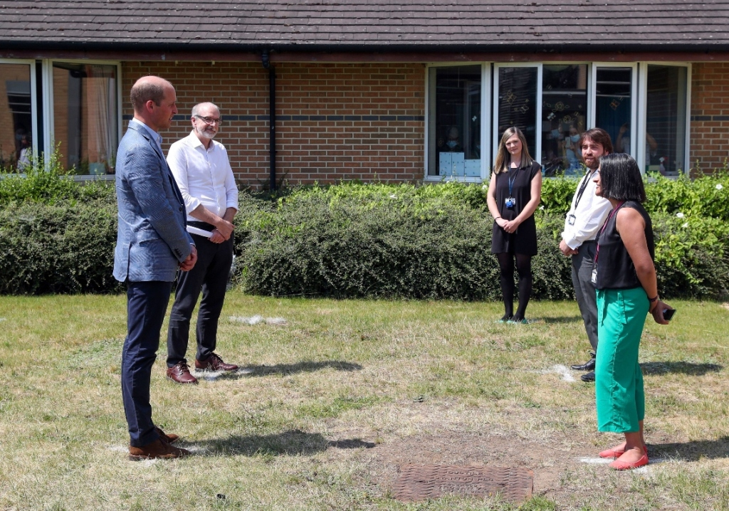 prince william, Oxford Vaccine Group, style, blazer, blue, shoes, mask, Churchill Hospital, Oxford