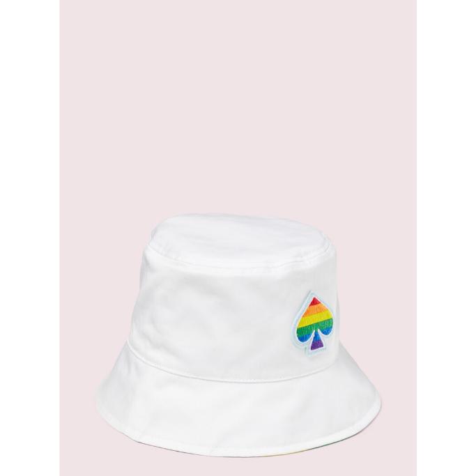 Rainbow-Bucket-hat
