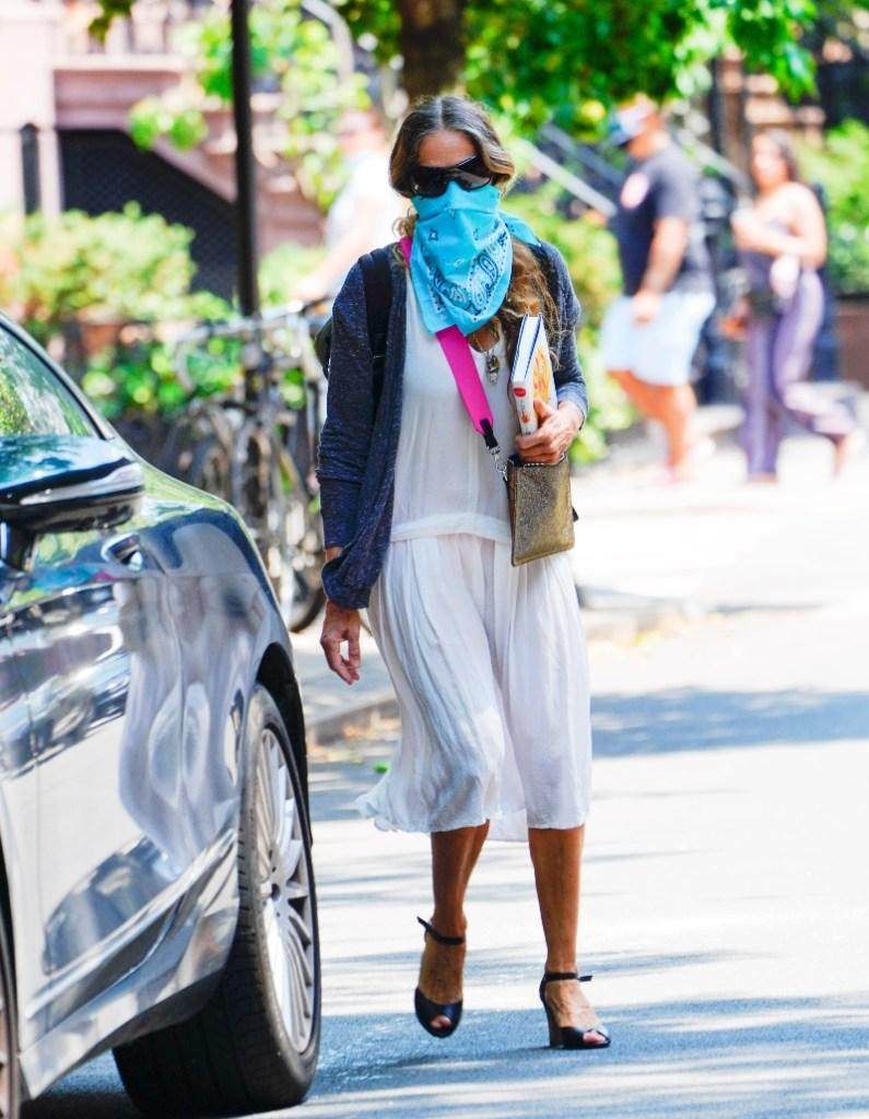 sarah jessica parker, style, sjp, mask, new york