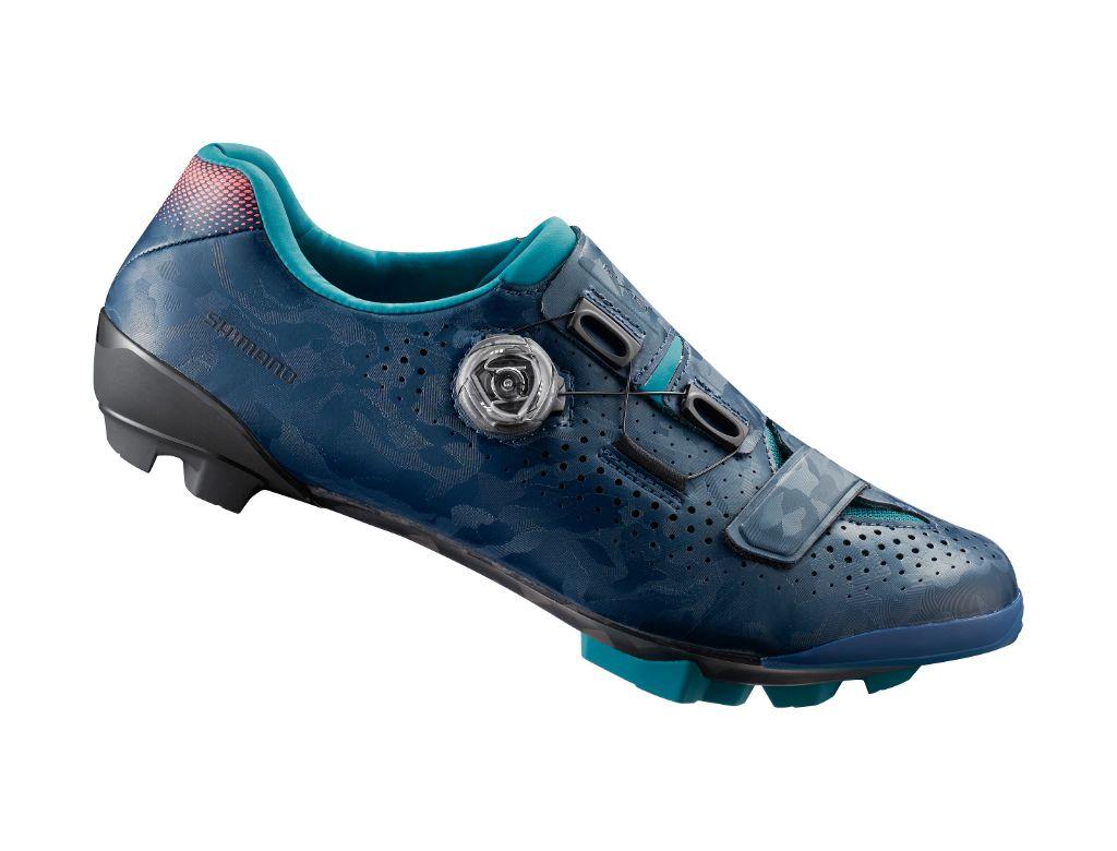 shimano, shimano cycling shoes, cycling shoes, peloton bike shoes, peloton, bike shoes