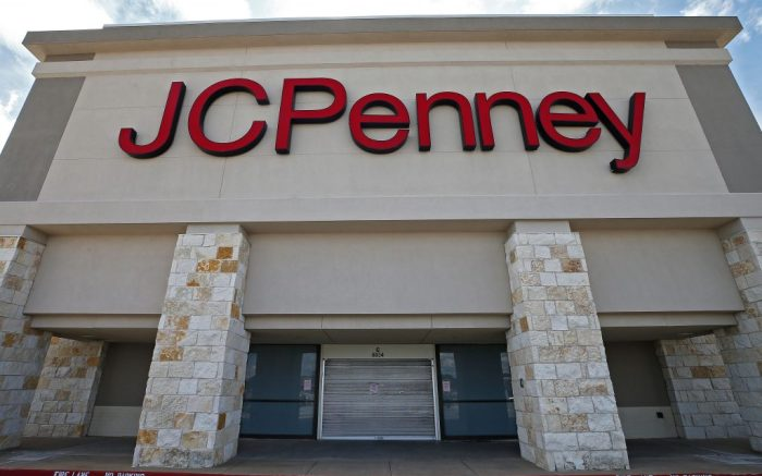 View of a closed JCPenney store in Greenville, Texas, USA, 28 May 2020. Even with the state allowing most businesses to reopen, some are deciding to wait while others have gone out of business.Some businesses opt to remain closed despite coronavirus restrictions lifting in Texas, Greenville, USA - 28 May 2020