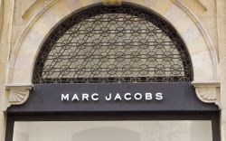 Marc Jacobs storeLebanon economy suffers from