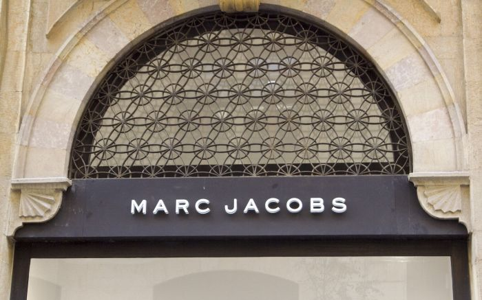 Marc Jacobs storeLebanon economy suffers from Syria Conflict, Beirut, Lebanon - 19 Oct 2016People walk past empty luxury shops in downtown Beirut which was once crowded by tourists from the Arab Gulf states at this time of the year. The civil war in Syria, sectarian clashes, and a million Syrian refugees in Lebanon have all contributed to the fall in tourists visiting the country