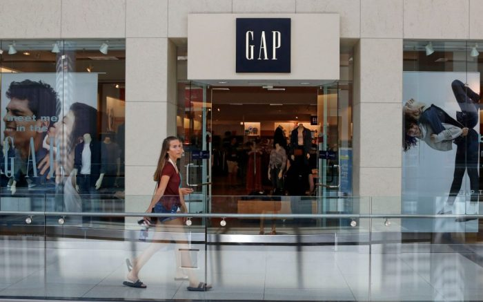 gap, store, This is the sign a Gap store in PittsburghGap, Pittsburgh, USA - 31 Jul 2017