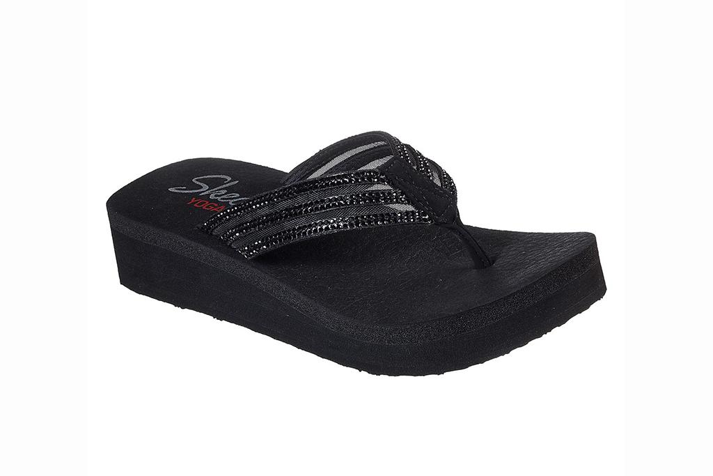 skechers sandal sale, skechers vinyasa flip flops, black flip flops