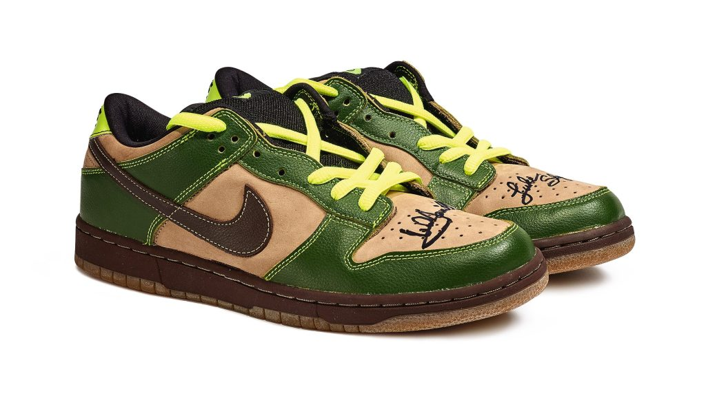 Nike SB Dunk Low 'Jedi' Signed