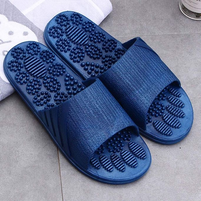 amazon-reflexology-slippers