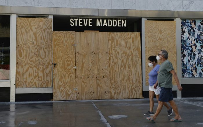 MIAMI BEACH, FL - MAY 20: A general view of the Steve Madden store Lincoln Road as people are seen going about their daily activities as businesses begin to re open phase one during the Coronavirus COVID-19 pandemic on May 20, 2020 in Miami Beach, Florida. Credit: mpi04/MediaPunch /IPX