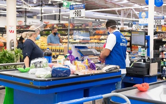 El nuevo Walmart implicó una inversión de más de ¢10.000 millones y la contratación de 123 personas. Foto: Cortesía Walmart. (GDA via AP Images)