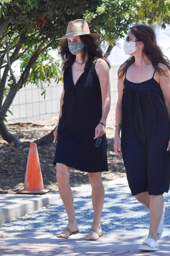 Courteney Cox , big-toe sandals, little black dress, legs, wears a little black dress to the farmer's market in Malibu. 12 Jul 2020 Pictured: Courteney Cox. Photo credit: Snorlax / MEGA TheMegaAgency.com +1 888 505 6342 (Mega Agency TagID: MEGA688088_006.jpg) [Photo via Mega Agency]