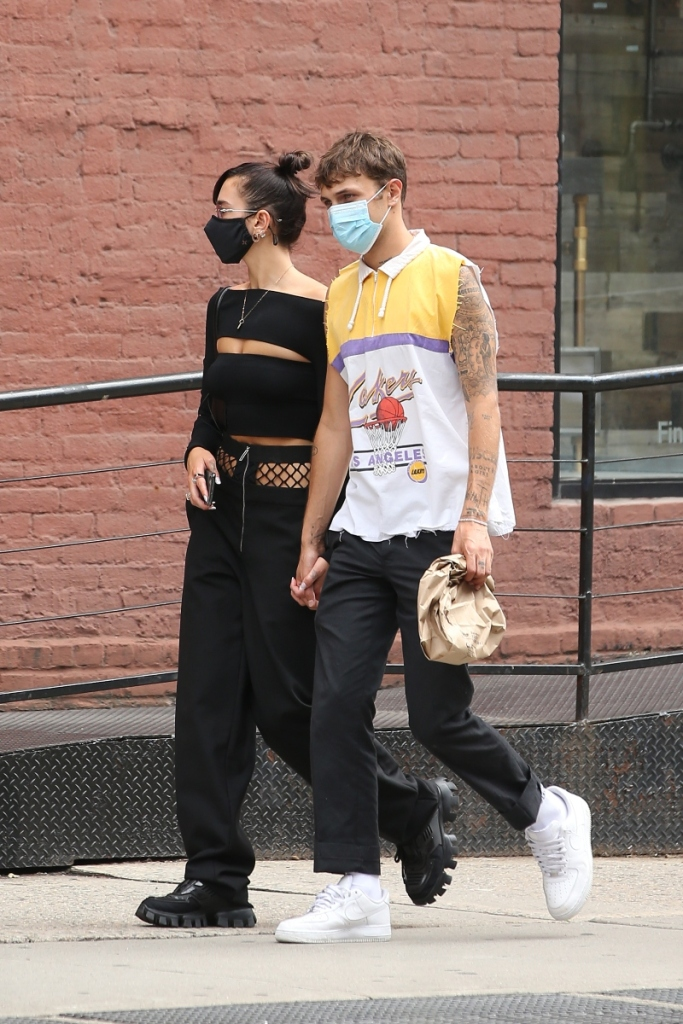 dua lipa, anwar hadid, style, boots, sneakers, black, jeans, fishnet, masks