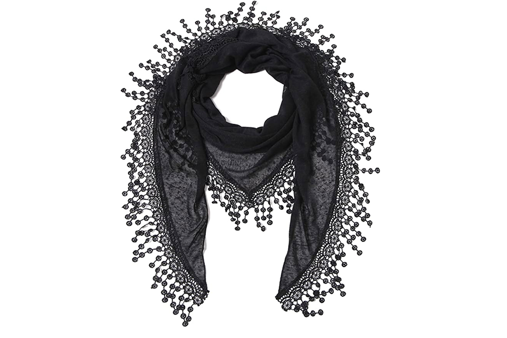 fashionable face coverings, amazon scarf, lightweight scarf