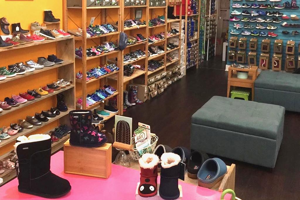 GoldenBug Shoes California