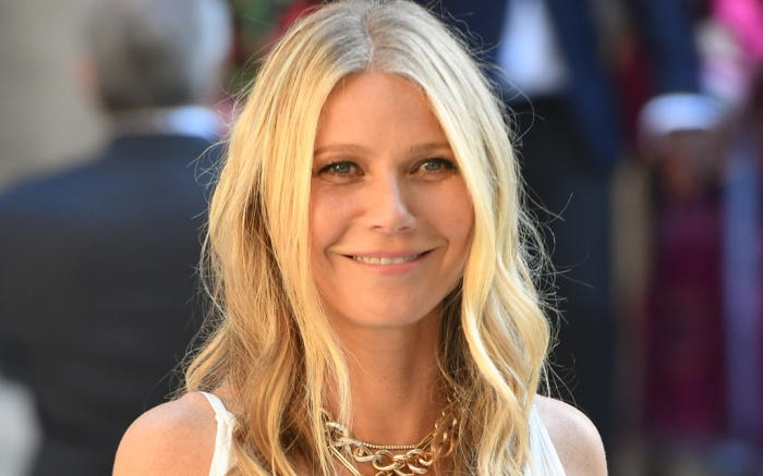 gwyneth paltrow, style, sneakers, shoes, dress