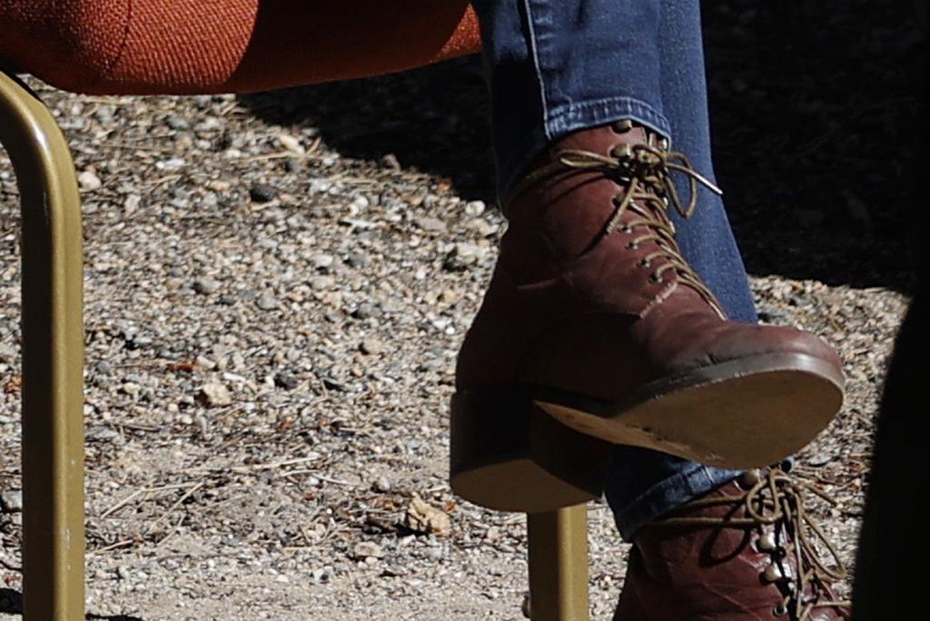Ivanka Trump , shoe detail, skinny jeans, brown boots, rocky mountain