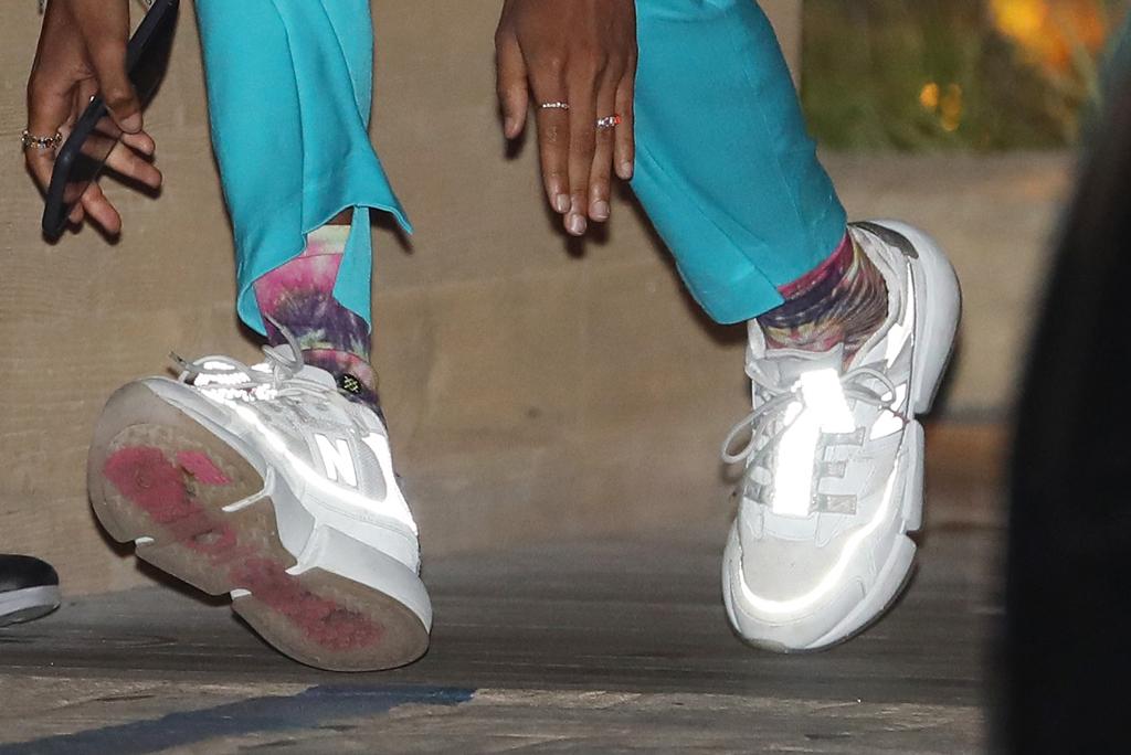 Jaden Smith, new balance sneakers, chunky sneakers, street style, los angeles, fashion, tie-dye socks