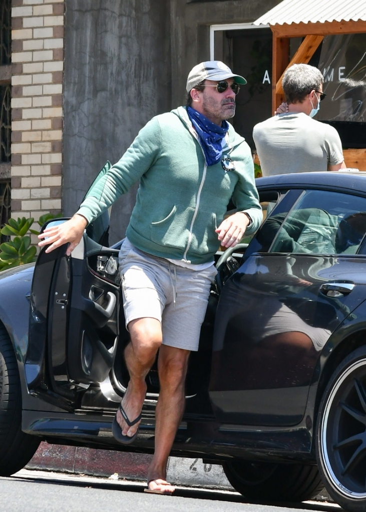 john hamm, style, shoes, flip flops, shorts, bandana, los angeles, car, actor