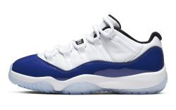 Air Jordan 11 Retro Low 'Concord