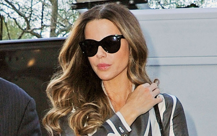 Kate Beckinsale, style, walk, boots, mask, sunglasses, jacket, jeans