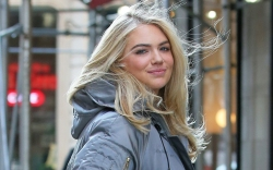 kate upton, style, street style, sneakers