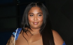 lizzo, style, dress, shoes, music