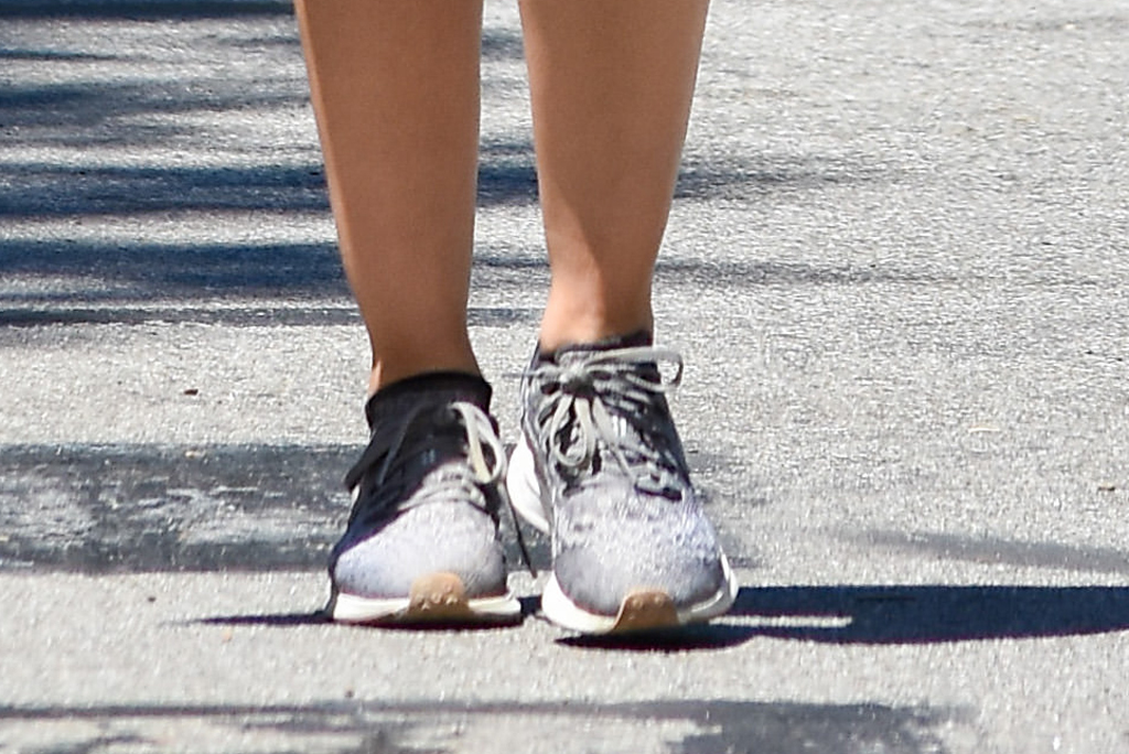 Lucy Hale, Nike Air Zoom Pegasus 36, gray sneakers, legs, street style, los angeles