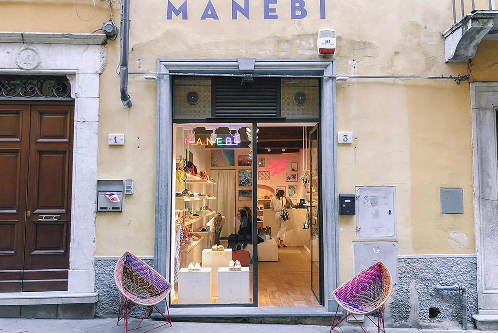 Manebi, Pietrasanta