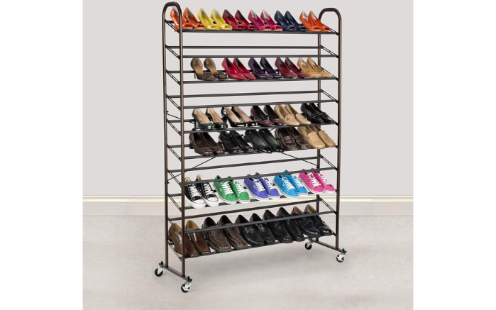 Rolling-Shoe-Storage-Feature