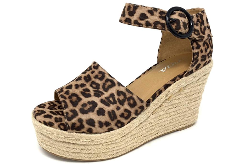 Soda, leopard-print sandals
