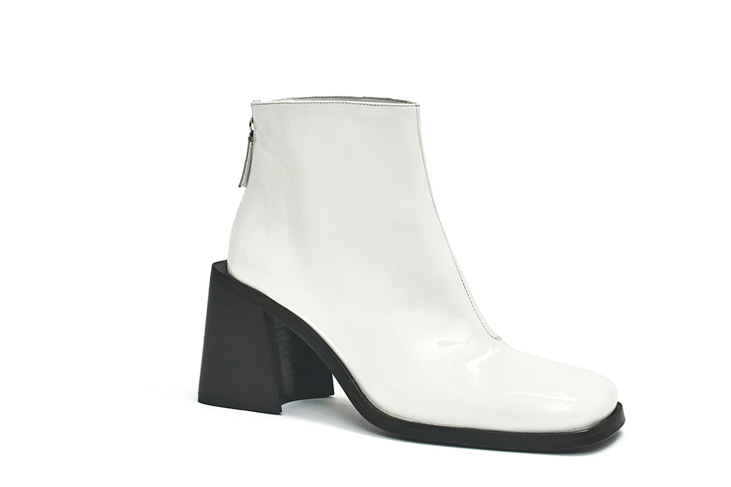 justine clenquet, fall winter 20 collection, white boots