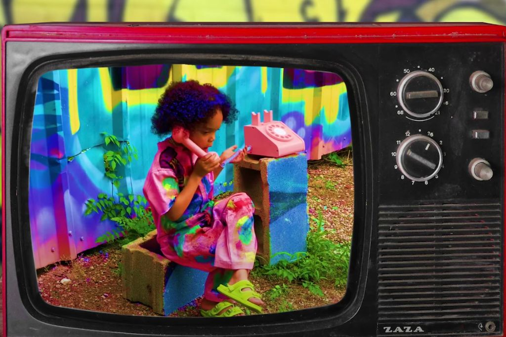 zaza, zaza dance, zaza kid, kid's fashion, zaza youtube, nike, versace, children's
