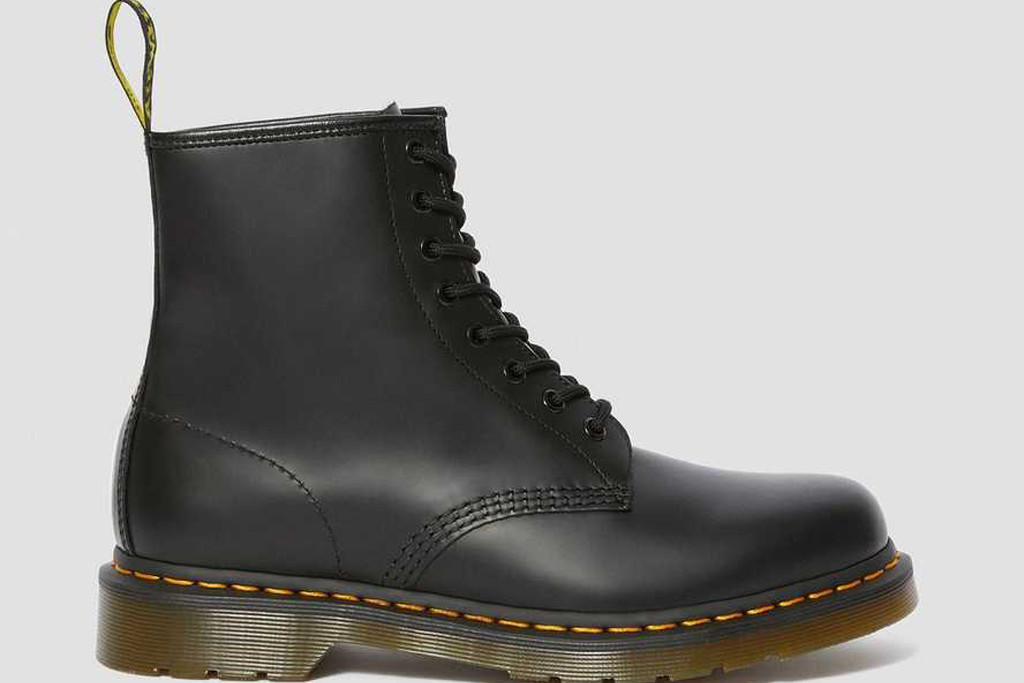 dr. martens, black boot, 1406 boot