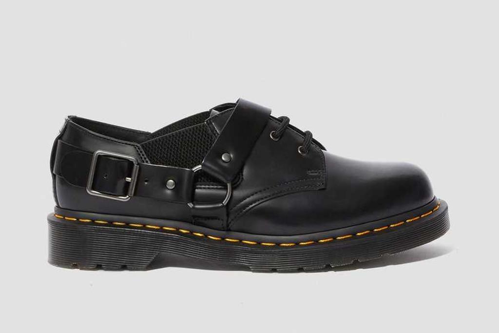 dr. martens, dr. martens fulman buckle boot, black short dr. martens