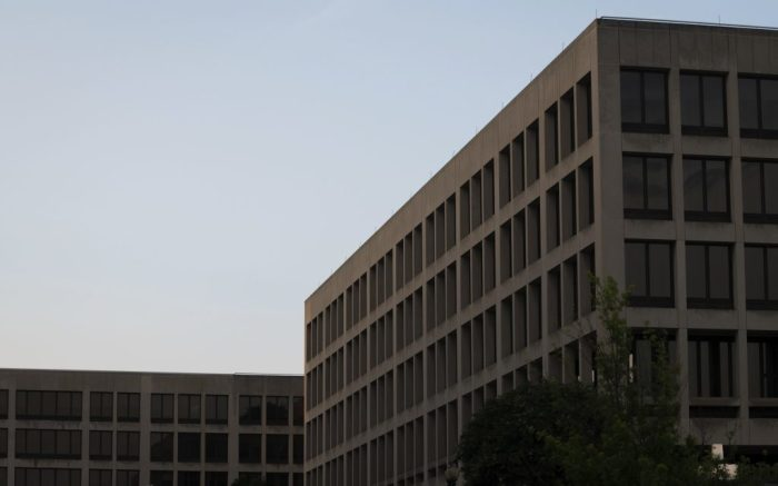 A general view of the U.S. Department of Labor in Washington, D.C., on Aug 5, 2020 amid the Coronavirus pandemic. During a week when confirmed COVID-19 deaths in America approached 160,000 and outbreaks raging across the south and west, Congress and the White House continued negotiations on additional stimulus spending with Republicans struggling to find unity within their own ranks. (Graeme Sloan/Sipa USA)(Sipa via AP Images)