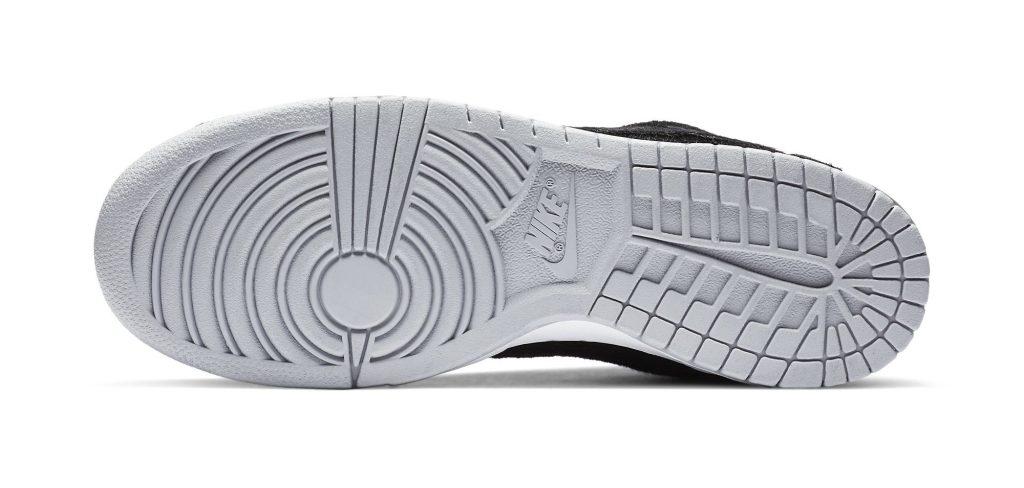 Medicom x Nike SB Dunk Low 'Bearbrick'