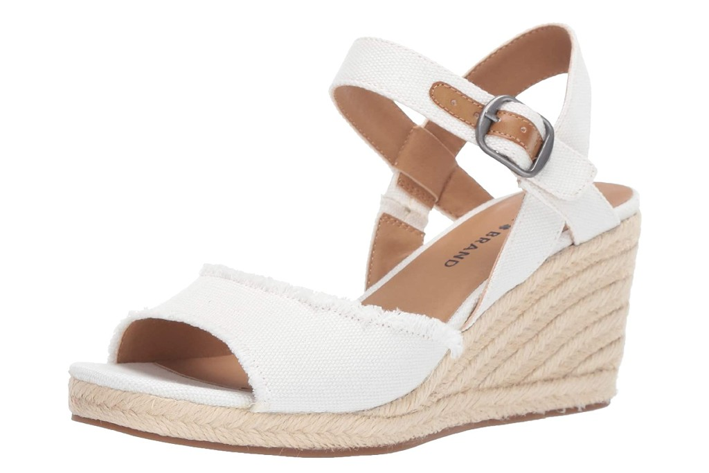 White Sandals for Women – Footwear News