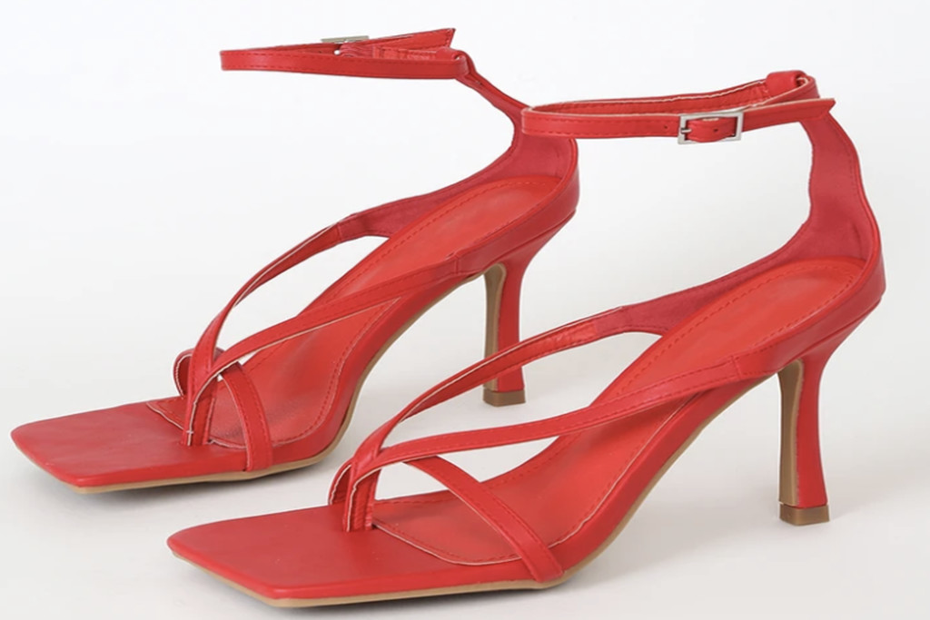 red square toe sandals, red heels, square toe heels