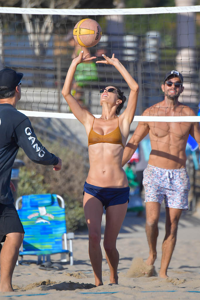 Alessandra Ambrosio spends a fun day at the beach playing volleyball and taking a dip in the ocean in Malibu. 01 Aug 2020 Pictured: Alessandra Ambrosio. Photo credit: SNORLAX/MEGA TheMegaAgency.com +1 888 505 6342 (Mega Agency TagID: MEGA692215_018.jpg) [Photo via Mega Agency]