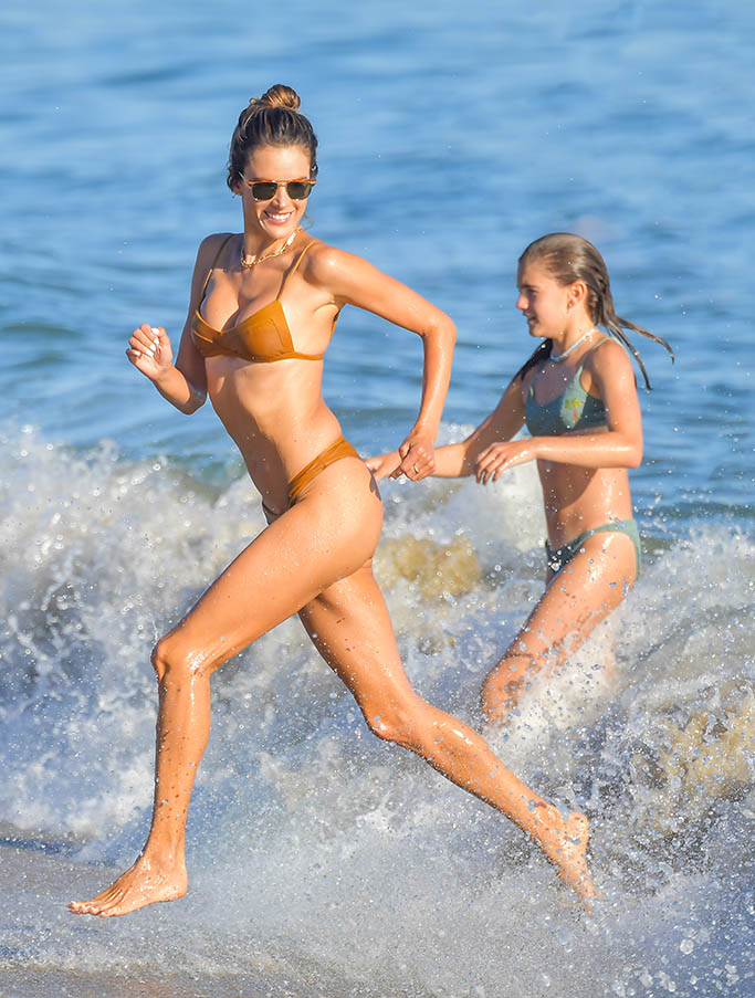 Alessandra Ambrosio spends a fun day at the beach playing volleyball and taking a dip in the ocean in Malibu. 01 Aug 2020 Pictured: Alessandra Ambrosio. Photo credit: SNORLAX/MEGA TheMegaAgency.com +1 888 505 6342 (Mega Agency TagID: MEGA692215_001.jpg) [Photo via Mega Agency]