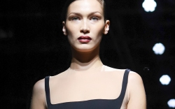 Bella Hadid, Mugler, Paris Fashion Week