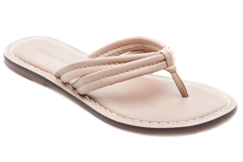 sandals, flip flops, bernardo, leather, tan