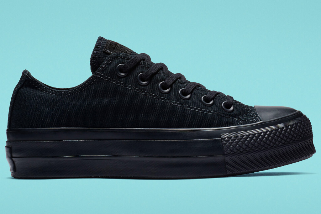 black sneakers, low top, womens, converse