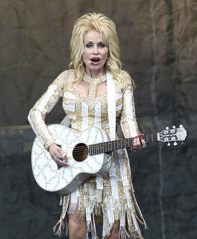 March 5th 2020 - Country music stars donate time, services and money to assist in Nashville, Tennessee tornado relief efforts. - File Photo by: zz/PBG/AAD/STAR MAX/IPx 2016 6/25/16 Dolly Parton in concert in Forest Hills, Queens, New York City. (NYC)