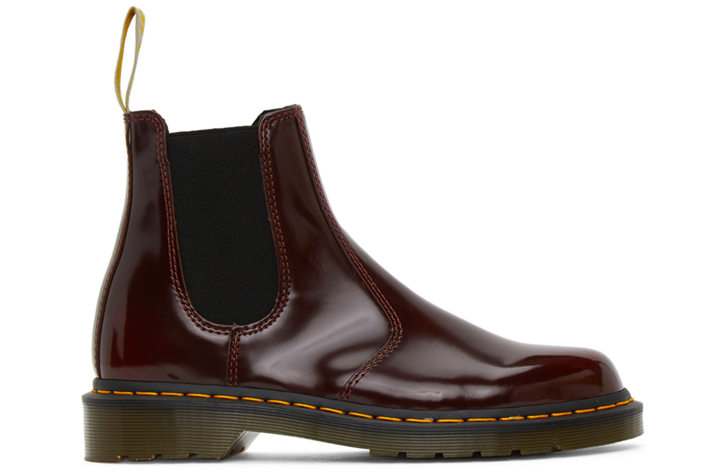 boots, red, burgundy, lug, sole, chelsea, dr martens