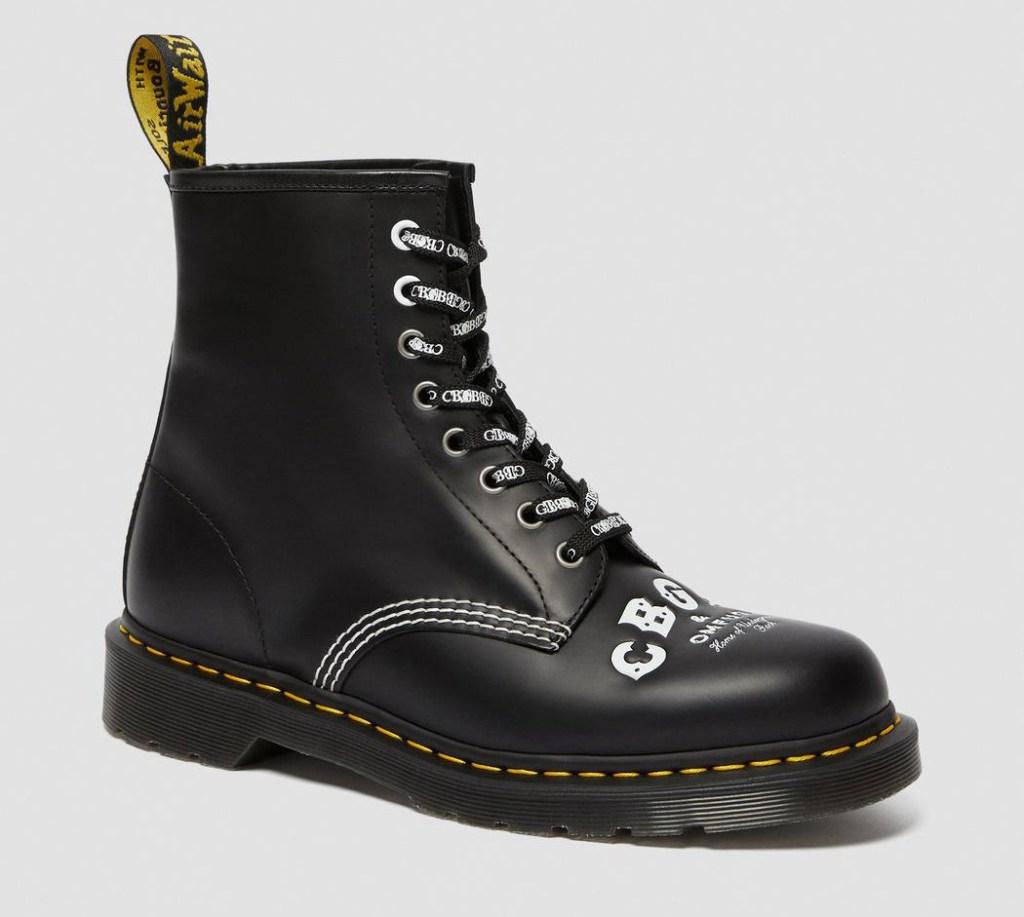 dr martens, doc martens, cgbg, boots, black, toe