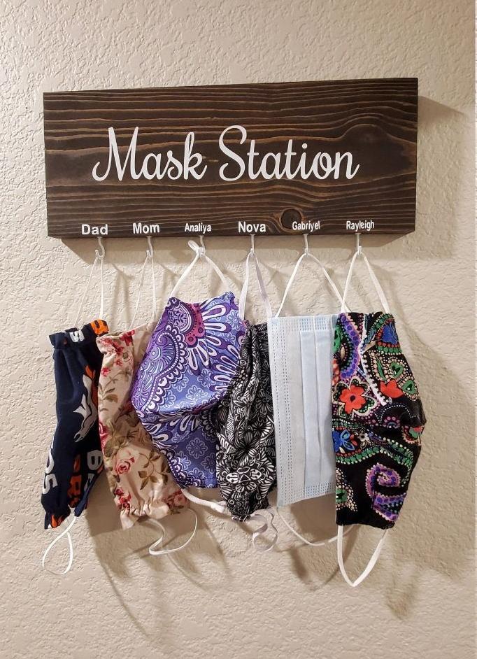 face-mask-storage-hanger