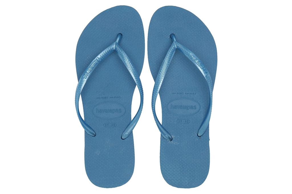 havaianas, blue flip flops, sandals