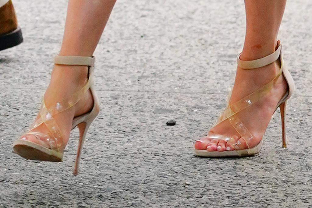 jennifer lopez, jlo, alex rodriguez, arod, dress, floral, heels, pvc, white dress, dinner, new york