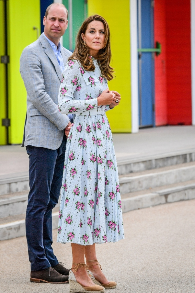 kate middleton, dress, floral, heels, sandals, wedges, prince william, barry island, shoes